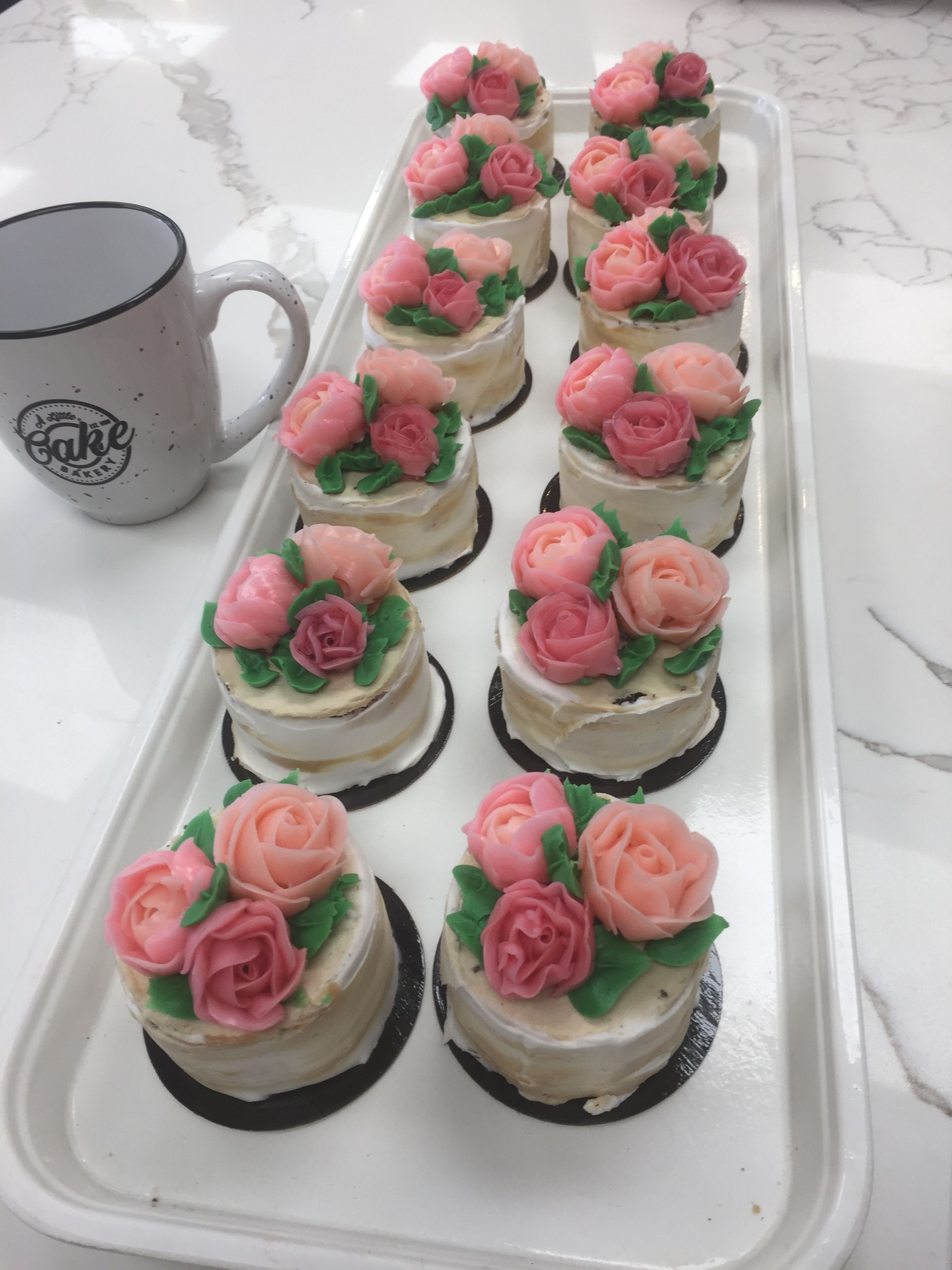 Custom cakes with images custom birthday cakes