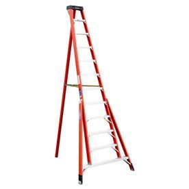 Werner 12 Ft Fiberglass 300 Lb Type Ia Tripod Ladder Ftp6212 Step Ladders Ladder Fiberglass