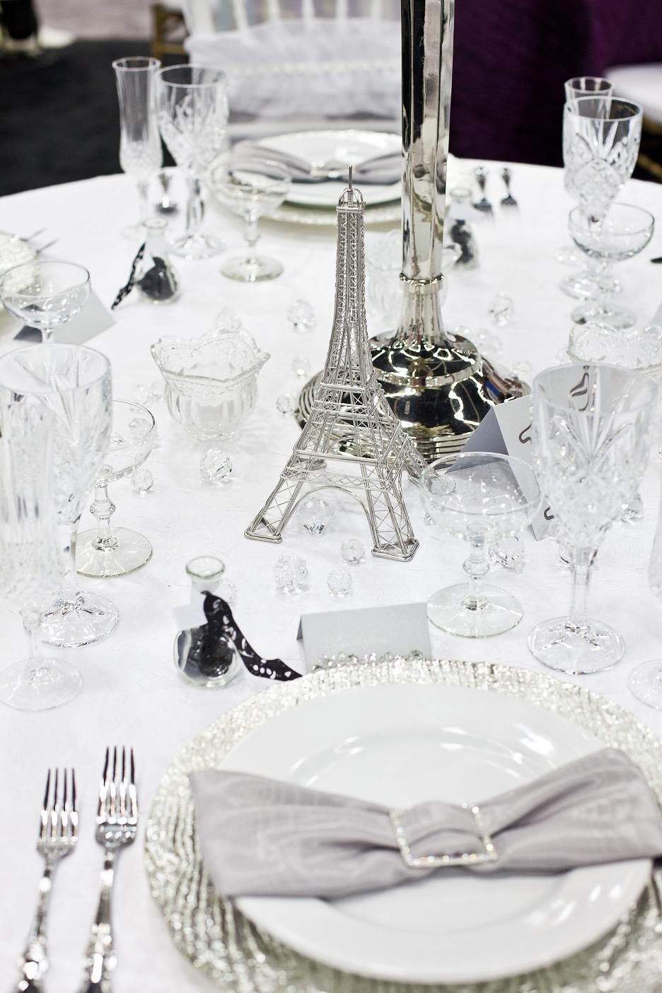 White Wedding Guest table with a little bling.. Photo by A NIKO Productions