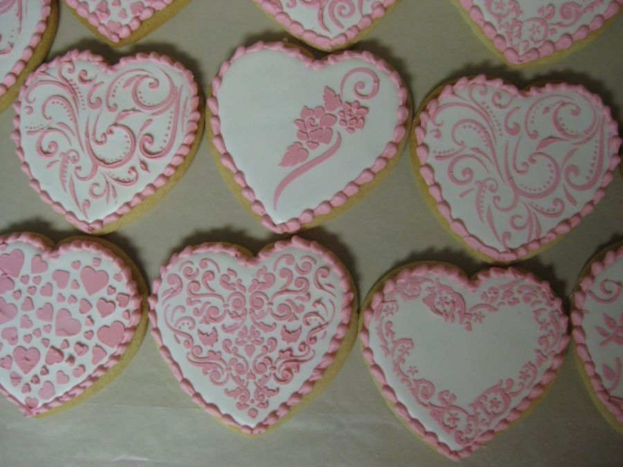 Hearts with piped borders