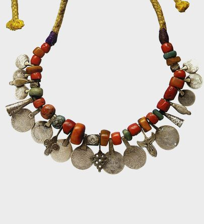 Moroccan necklace, coral, amber, silver coins and amazonite. Late 19th century.