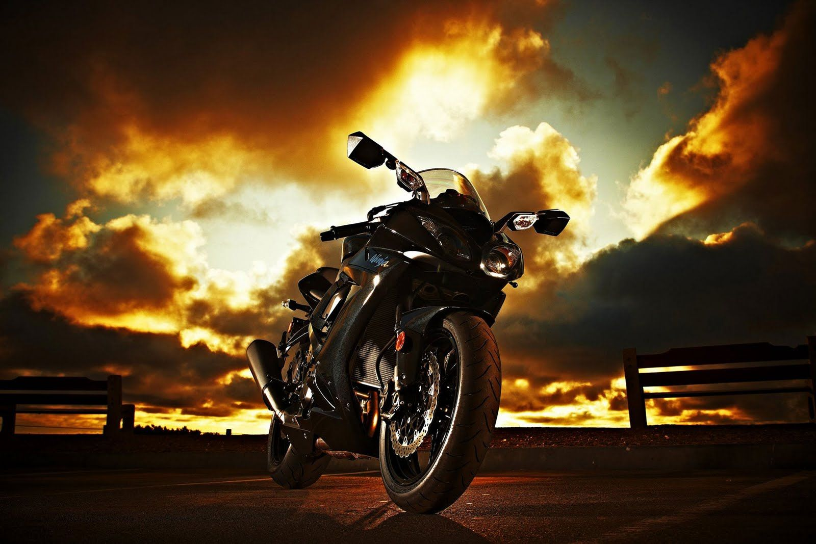 Kawasaki Ninja Zx 10r Background HD Desktop Wallpapers