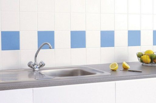 Truco para renovar nuestra cocina pintar azulejos - Pintura azulejos cocina ...