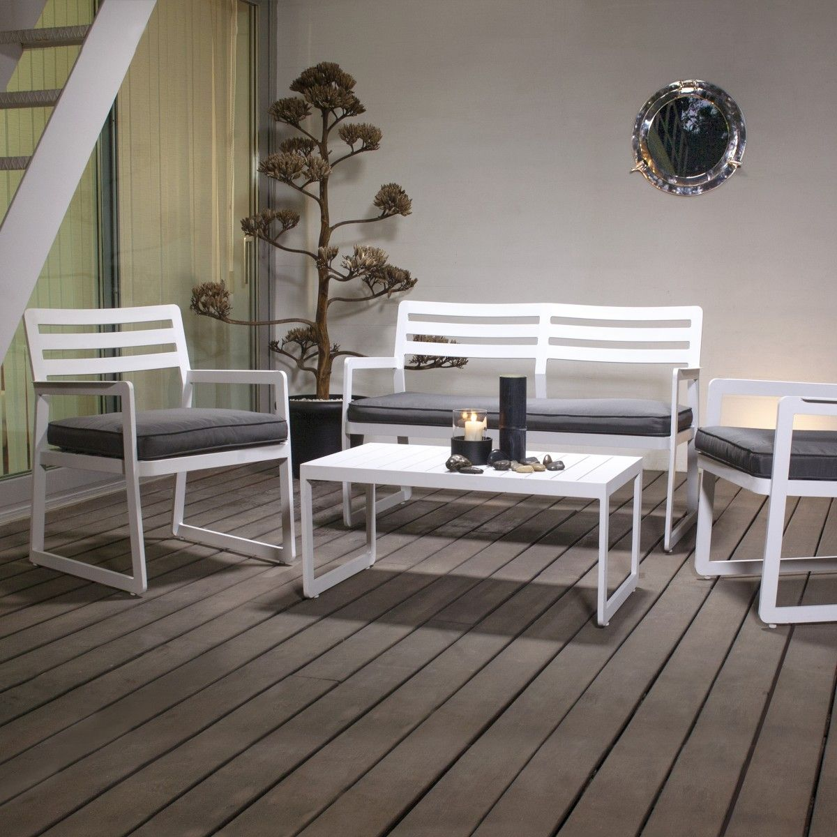 ideas para decorar y amueblar el jardín #terrazas #jardin #exteriores #mobiliario #decoracion #diseño #interiorismo en Decorabien.com inspírate y encuentra un hogar para tu hogar