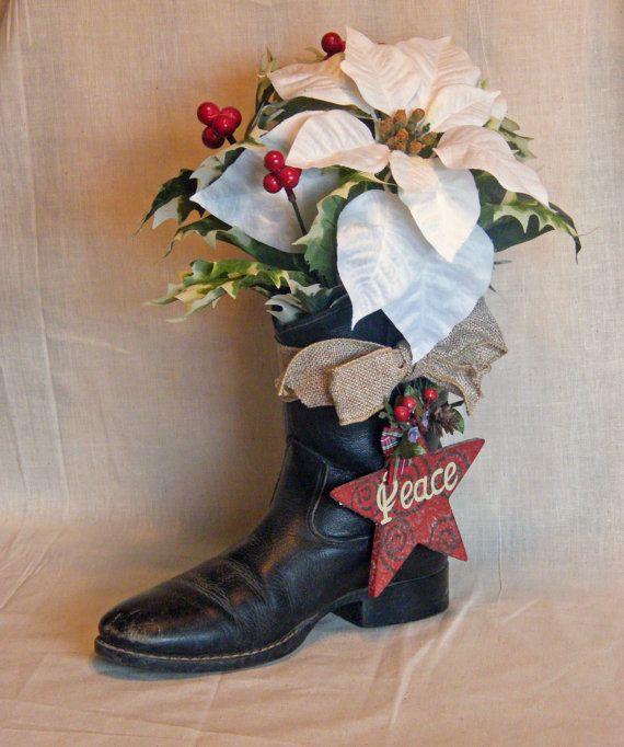 Cowboy Christmas Decor: Cowboy Boot Christmas Decoration