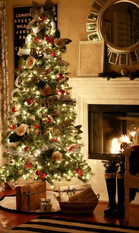 40 Most Beautiful Christmas Tree Decorating Ideas