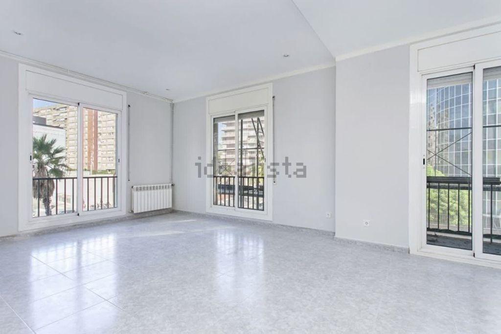 Piso exclusivo en venta en les corts barcelona se pone a la venta un piso en finca esquinera - Idealista compartir piso barcelona ...