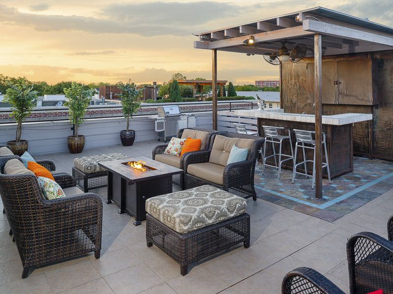 Channel 11\'s \'Living Large\' Features Oak Lawn Roof Deck Home ...