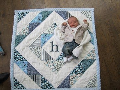 Cute Baby QuiltI Think I Could Do This One Quilts Pinte Best Easy Baby Quilt Patterns