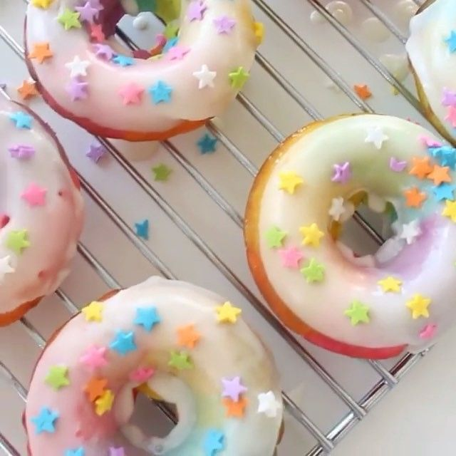 We can't get over how cute these rainbow donuts are! Thanks @pankobunny for using Color Right and our doughnut pan to make them. #youmakeitamazing · · · #doughnuts #rainbow #yum #wiltoncakes #rainbowdonuts #donuts #colorright #foodstagram via @pankobunny