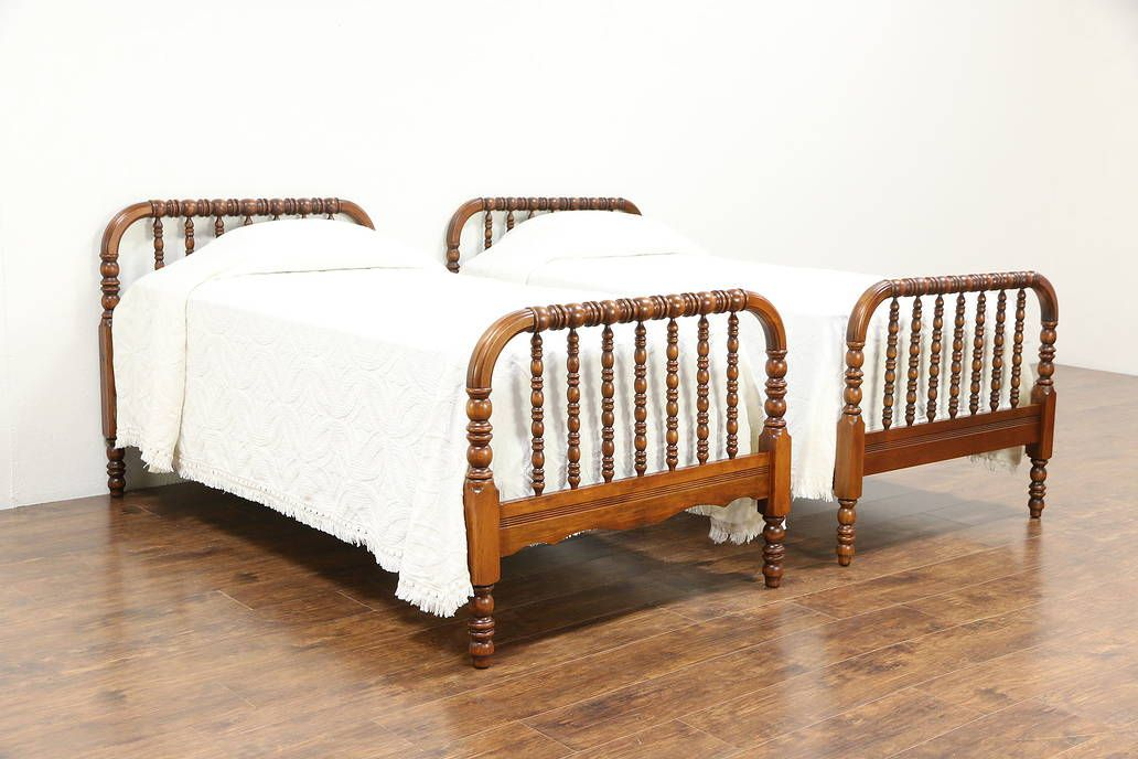 Pair Antique 1900 Twin Or Single Maple Spool Beds Bed Spool Bed Single Size Bed