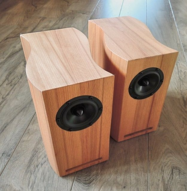 pin von graham struwig auf speakers loudspeaker speaker. Black Bedroom Furniture Sets. Home Design Ideas