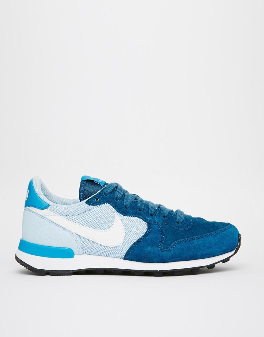 huge discount 62865 445d3 Image 1 of Nike Internationalist Blue Trainers