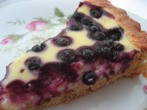 jogurtti-mustikkapiirakka