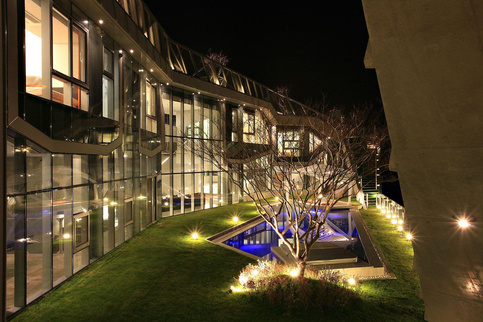 Island House by Iroje KHM Architects | Contemporary Homes | Pinterest