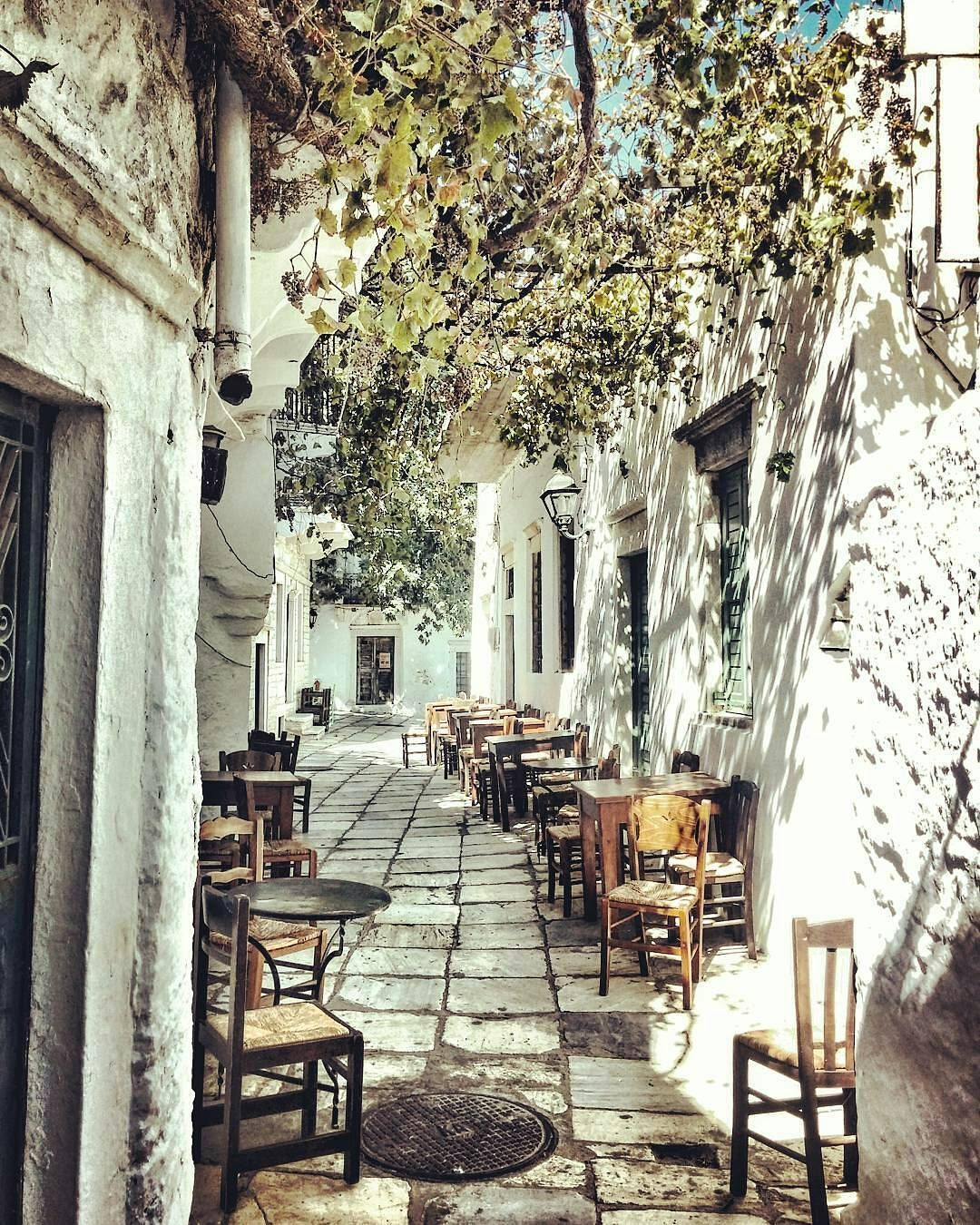 Apiranthos Naxos Greece... Photo From @katie_bls