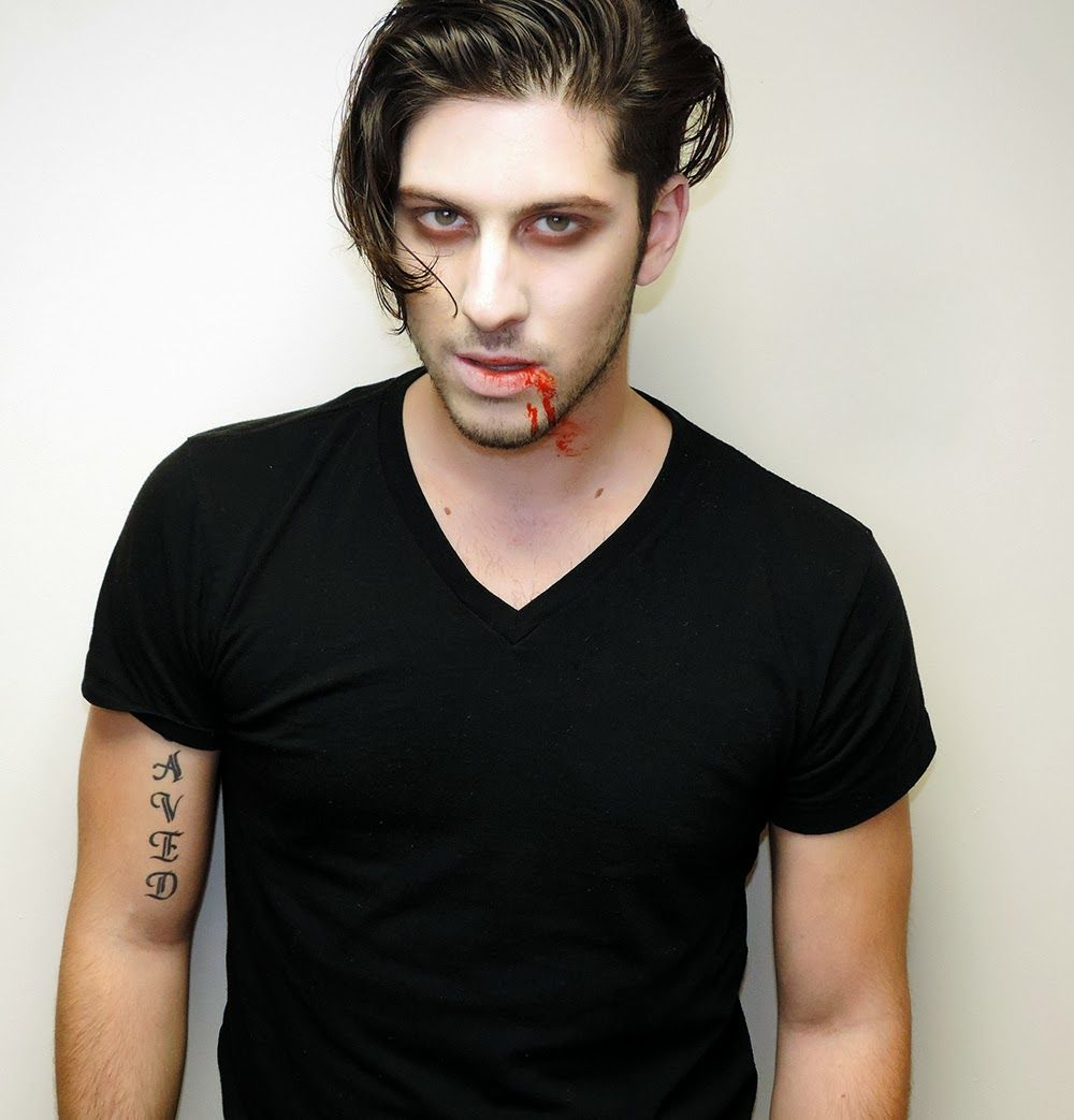Beauty by lee sexy vampire makeup tutorial mens edition 5 beauty by lee sexy vampire makeup tutorial mens edition baditri Image collections