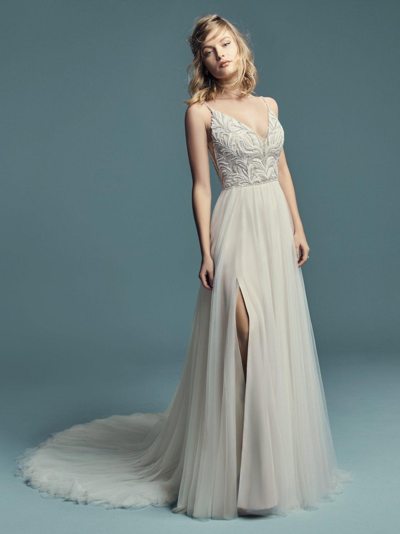 5553ec5b06 V Neck Tulle Skirt Dress - Gomes Weine AG