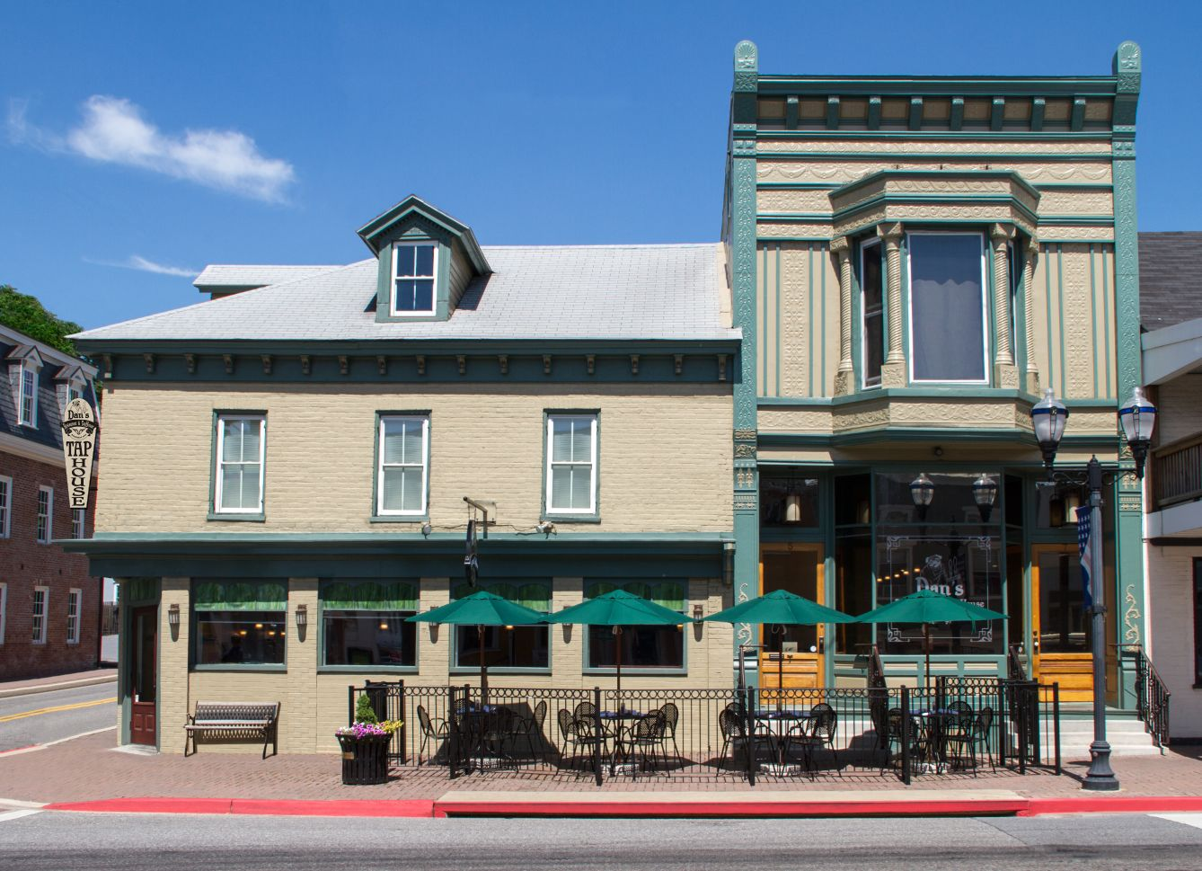 Dan S Restaurant And Tap House In Boonsboro Maryland Places To Go Local Brewery Places To Visit