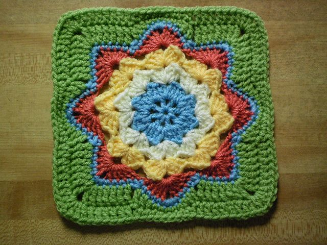 Round Ripple Afghan Square, pattern by Julie Yeager, $1.99. Nine-inch square with 'J' hook . . . . ღTrish W ~ http://www.pinterest.com/trishw/ . . . . #crochet