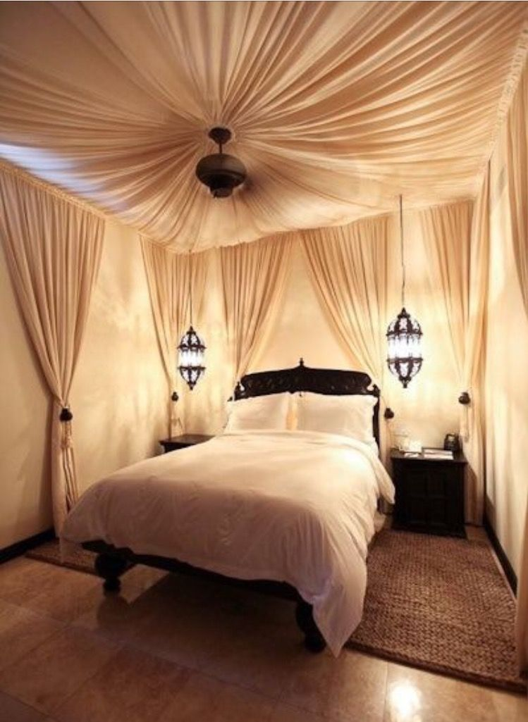 Canopy Bed Master Bedroom