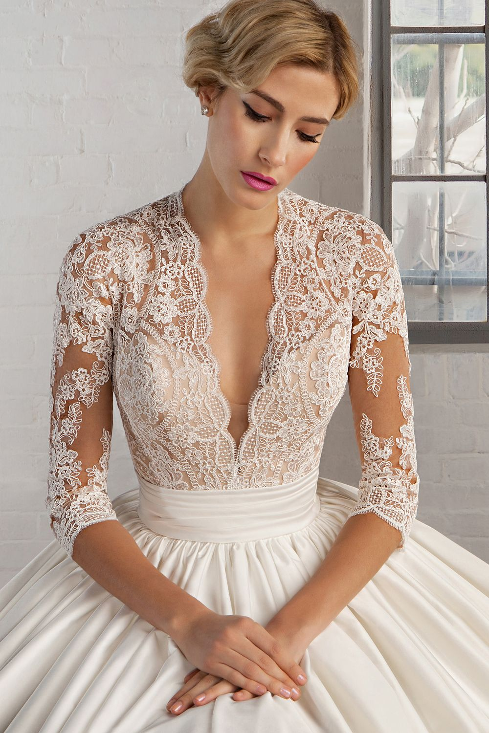 Simple Wedding Bridal Dress Cosmobella Collection Pricess Style with Lace Top made in Italy
