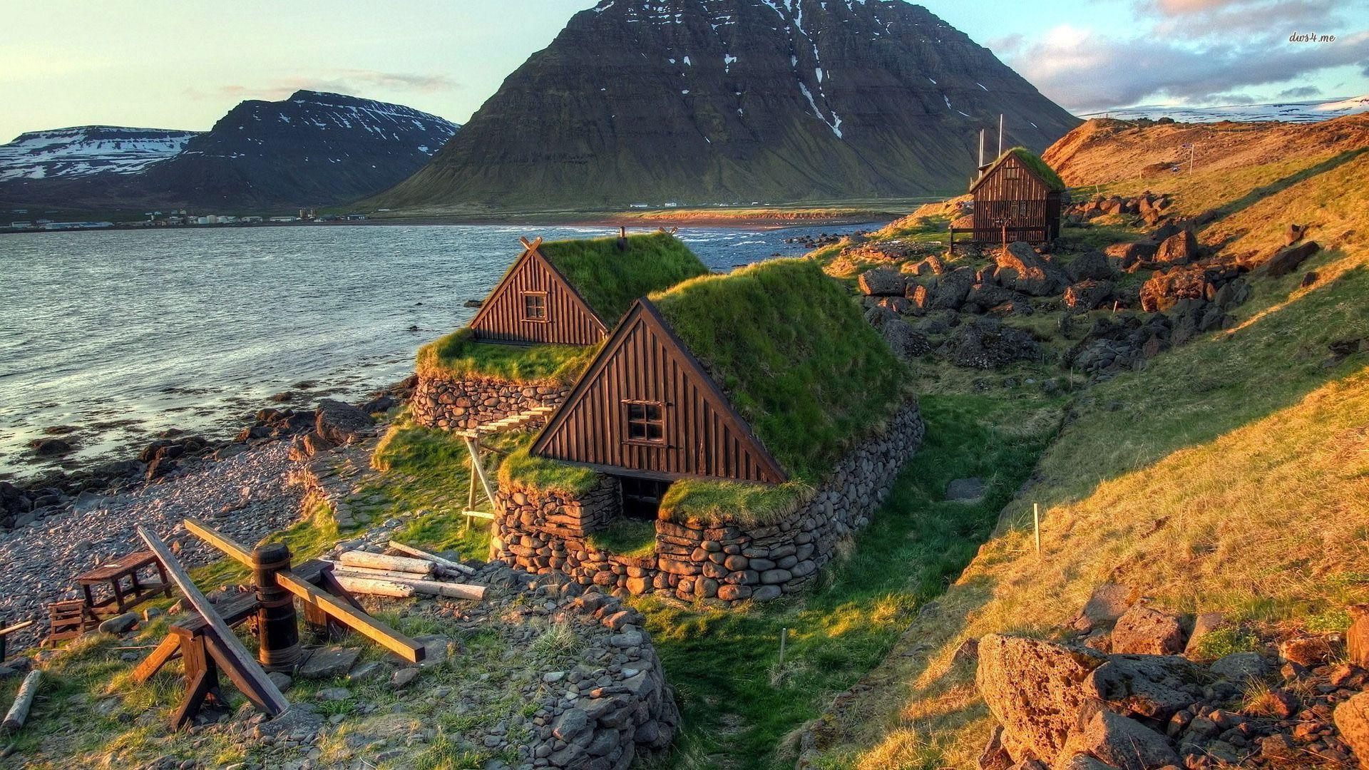 Houses In The Icelandic Fjord Free Desktop City Wallpaper