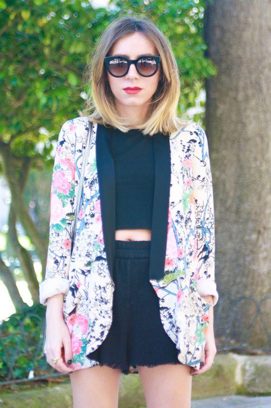 http://outfitdeluxe.blogspot.com.es/2013/06/blazer-crop-top.html