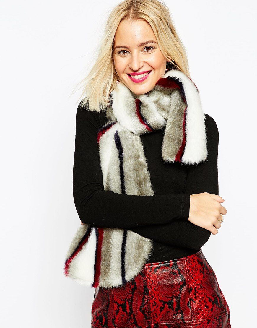 The lushest faux-fur scarves you need in your life rn <3