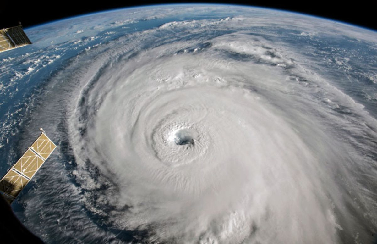 President Trump Reportedly Suggested Nuking Hurricanes To Prevent Them From Hitting U S With Images National Hurricane Center Hurricane Storm