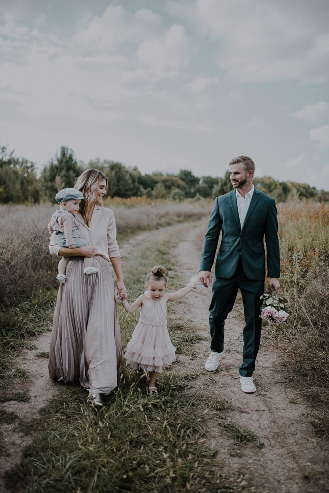 5 Tips for Creating Great Family Portraits | Cella Jane
