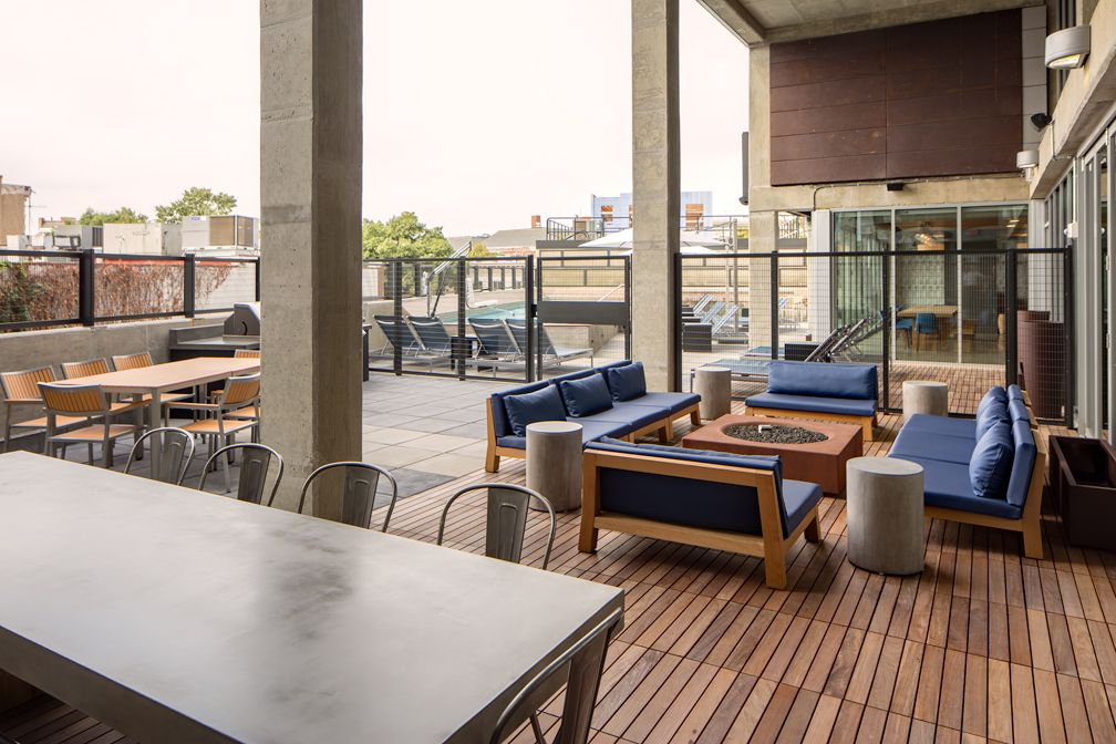 Washington D C Luxury Apartments And Lofts For Rent Lofts For Rent Luxury Apartments Luxurious Bedrooms