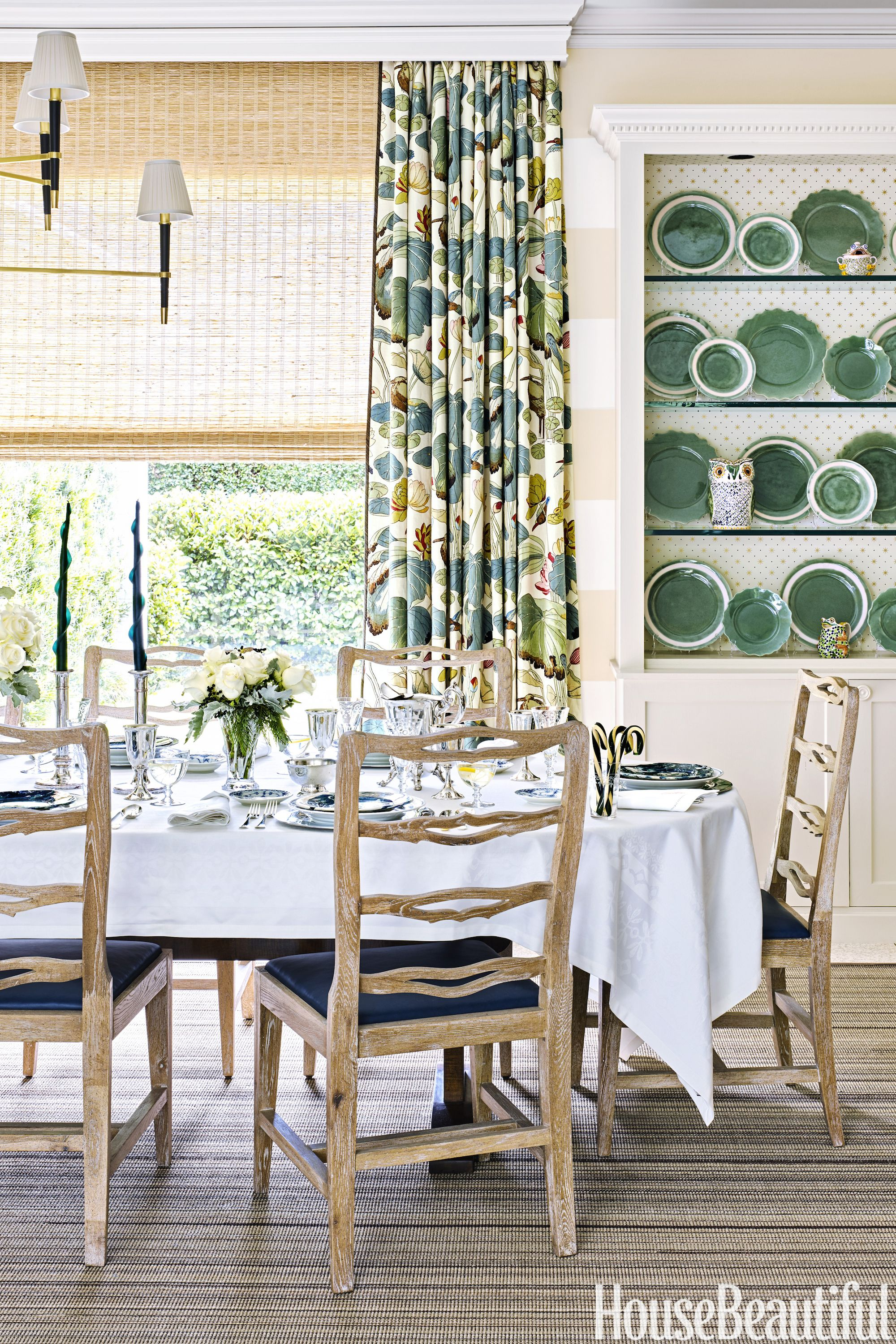 All Time Favorite Prints Nympheus Linen By Thomas OBrien For Lee Jofa The Dining Room Curtains In Her Texas Home South African Wonki Ware