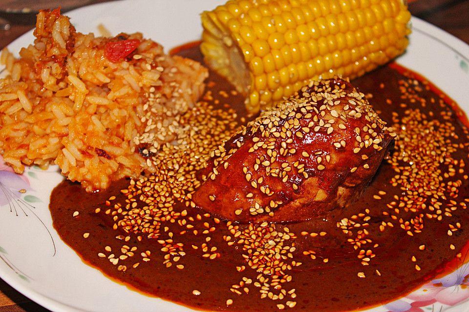Mole Poblano, ein schmackhaftes Rezept aus der Kategorie Mexico. Bewertungen: 10. Durchschnitt: Ø 4,2.