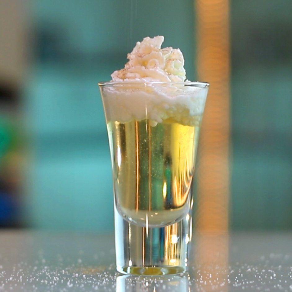 Apple Pie Shooter Tipsy Bartender Vodka And Apple Juice Tipsy Bartender Apple Juice Cocktail