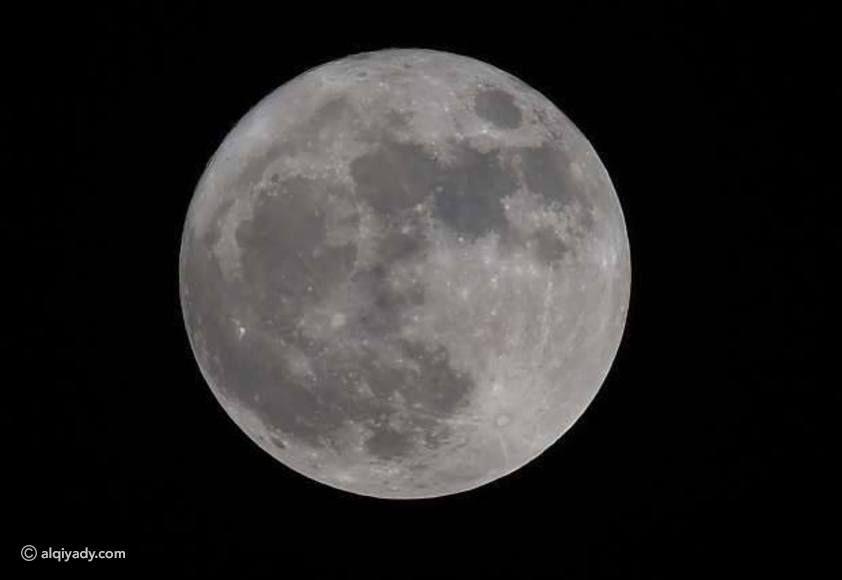 أجمل صور القمر العملاق ظاهرة نادرة لم تحدث منذ 7 عقود Celestial Moon Celestial Bodies
