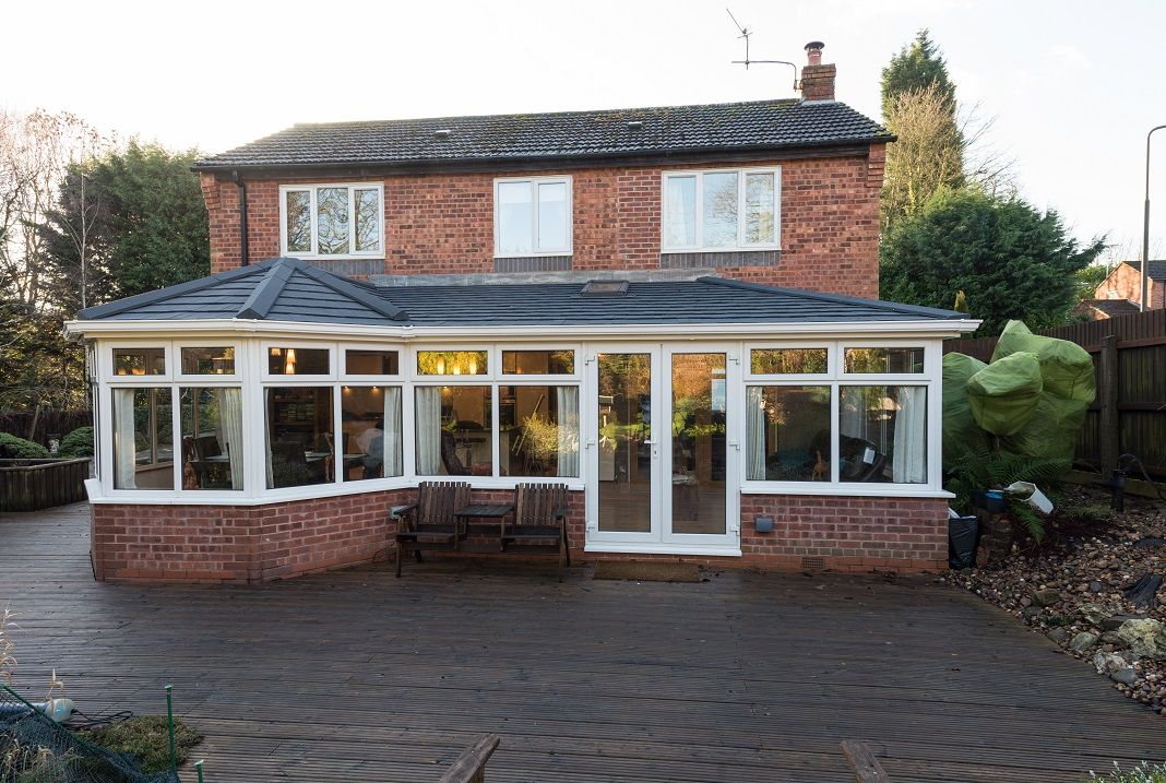 Equinox Tiled Roof System From Eurocell Http Www Eurocell Co Uk Homeowners 504 Equinox 1 Garden Room Extensions Tiled Conservatory Roof Sunroom Designs