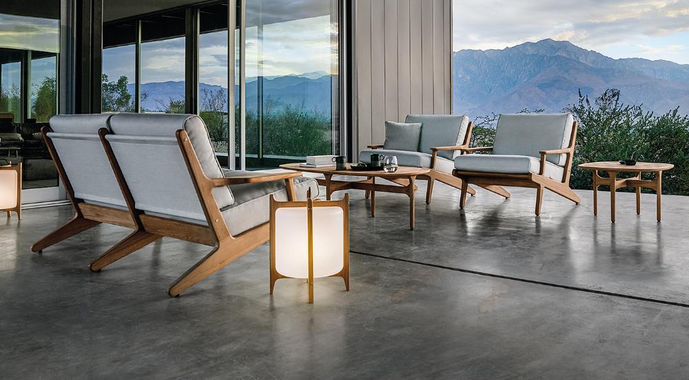 Modern Luxury Outdoor Furniture