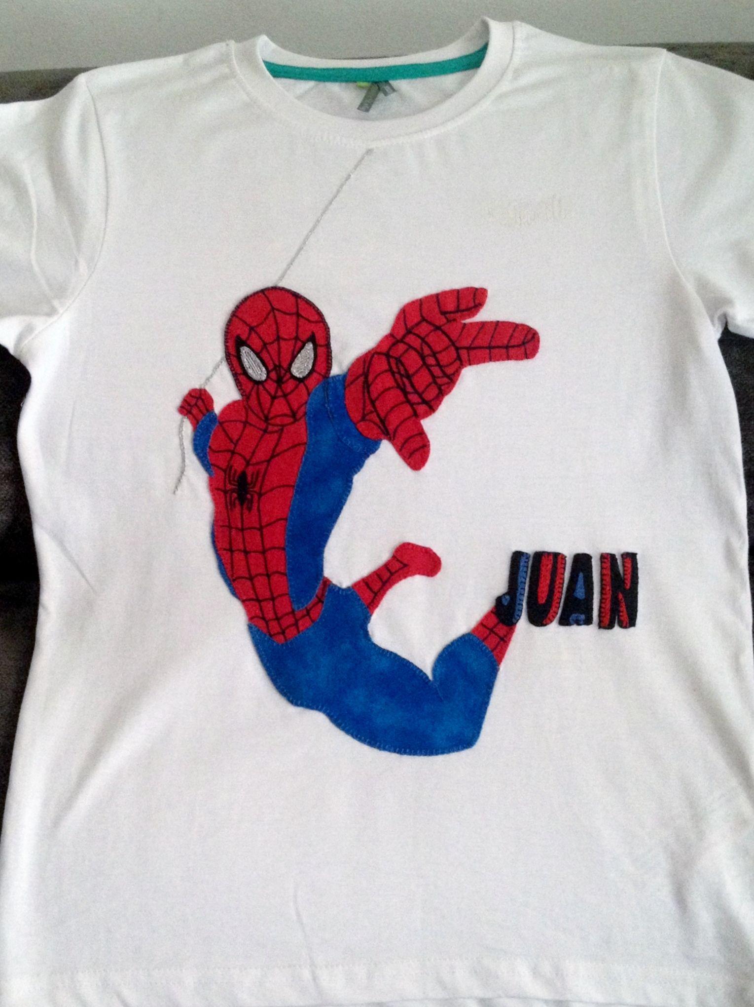 Aplicación spiderman camiseta