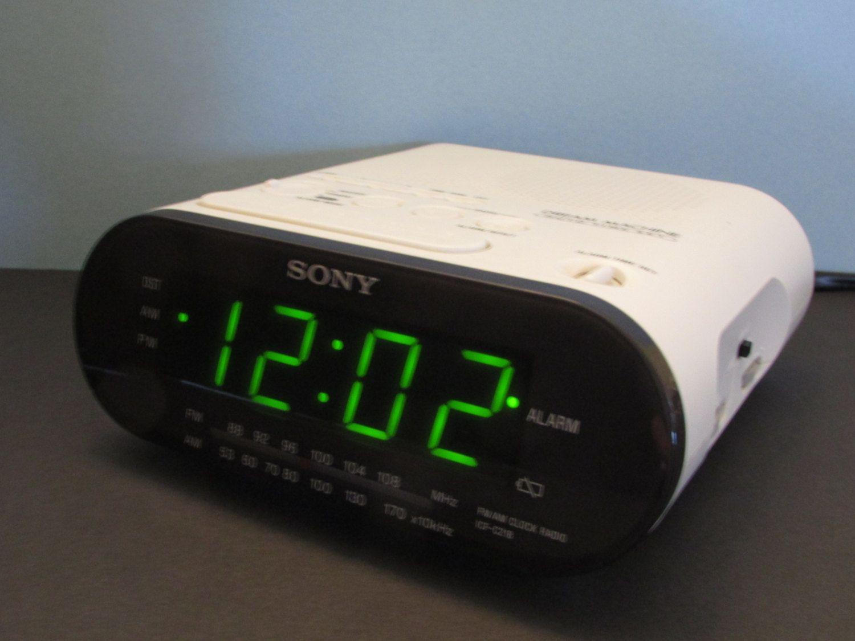 White Sony Dream Machine Icf C218 Am Fm Alarm Clock Radio Model