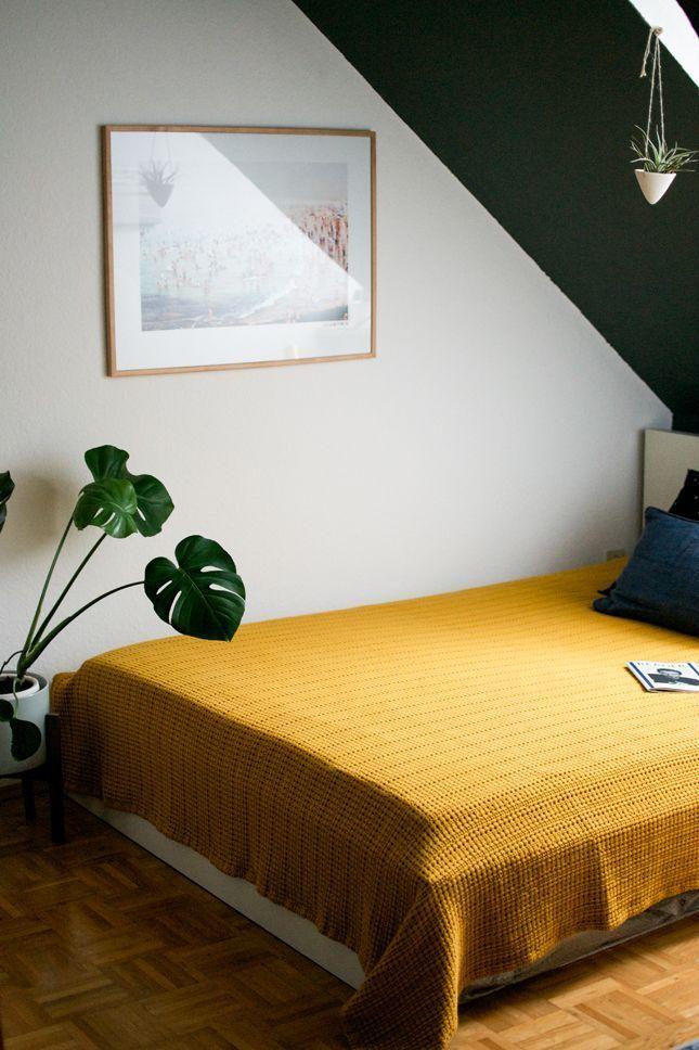 Lekker wakker worden met okergeel in je slaapkamer - Slaapkamer en Met
