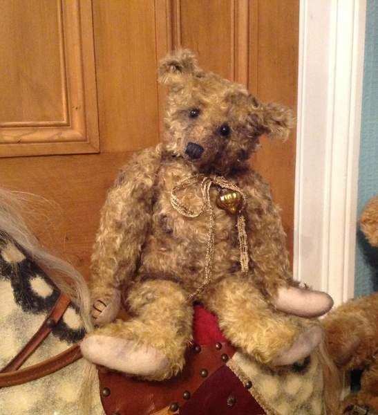 Sidney Bicton Barricane Bears by Lorraine+Downes