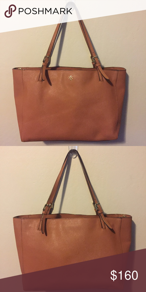 Tory Burch Large York Tote Pre-loved. Defects are interior stains and bag is  slouchy because of the way it was stored in my closet, but still in good condition :) Tory Burch Bags Totes