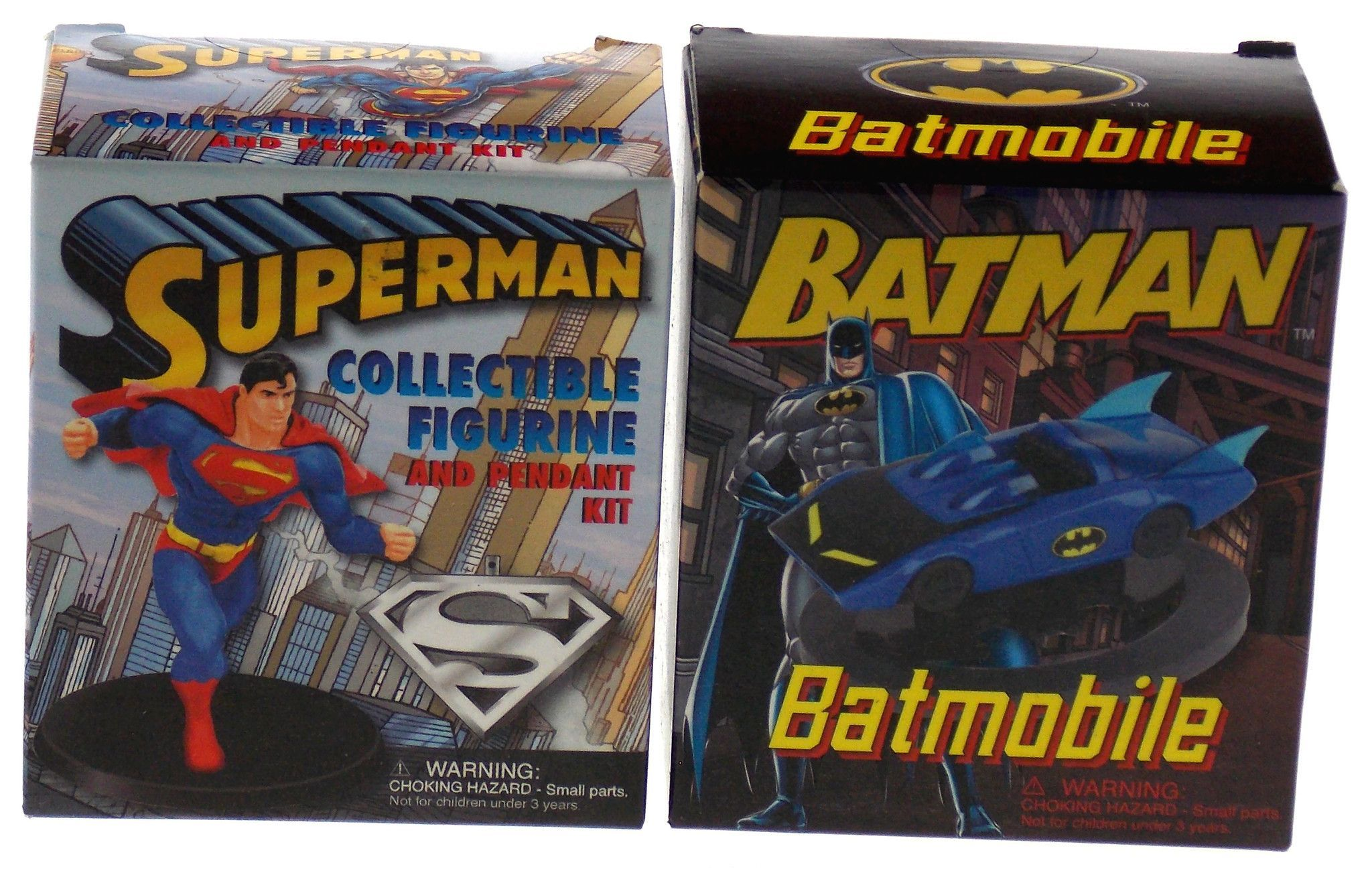 Set of 2 Batman v Superman Collectible Figurine Pendant Batmobile Mega Mini Kits