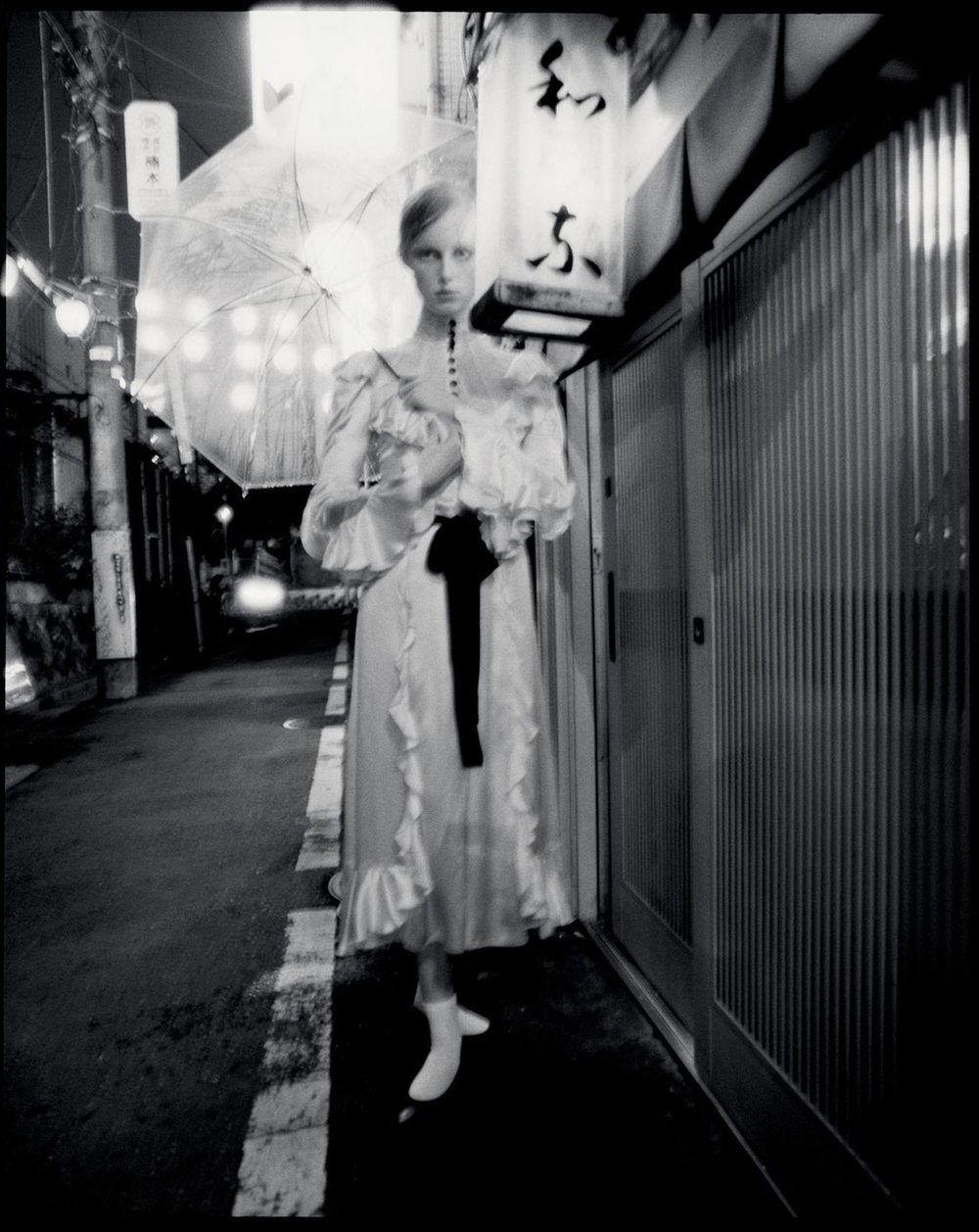 An artist of the floating world攝影大師 tim walker 首次造訪日本為英版