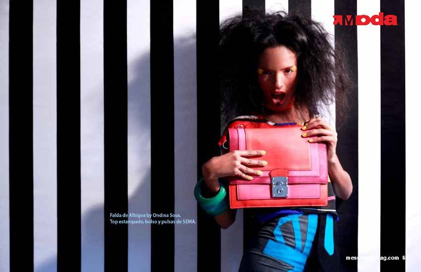 Editorial en #MessengerMag #Bag #Colorful #Pink #Orange #Blue #KarlaSanabiaPhotography