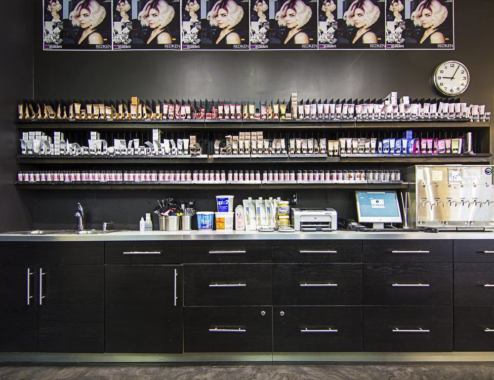 Octagon Salon & Spa - Gurnee, IL, United States. Redken color bar includes CTS machine for perfectly formulated color every time.