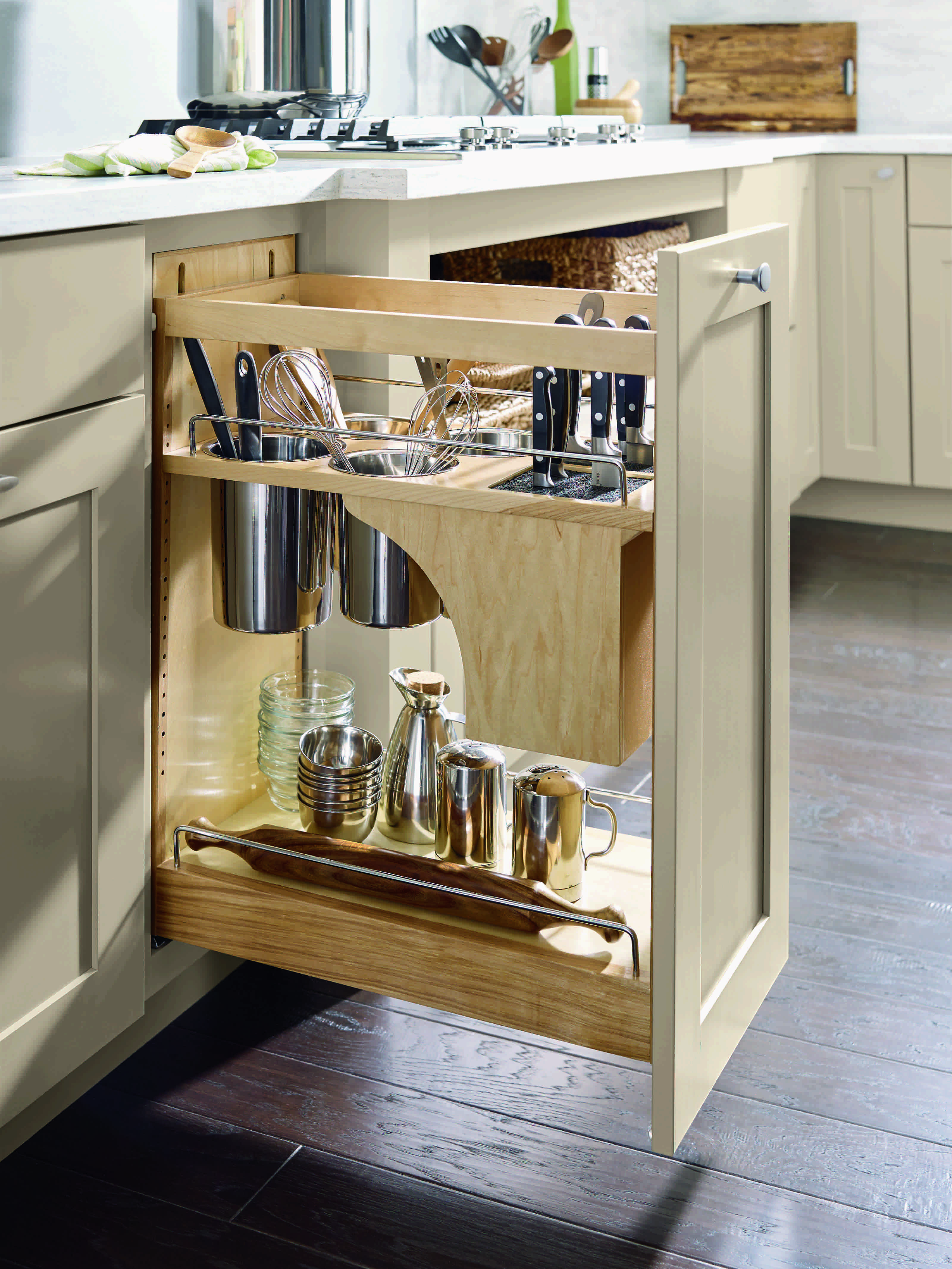 Kitchen Cabinet Layout Tools Easily Grab Knives Spatulas And Other Utensils Without