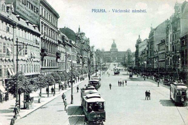40ad715438 prague 1920
