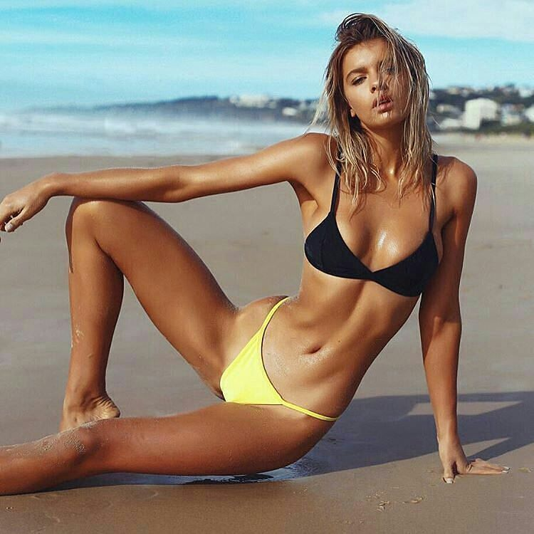 Videos Of Bikini Babes
